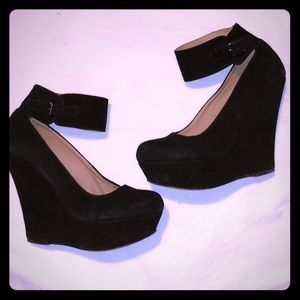 Steve Madden Mary Jane platforms